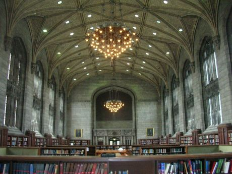 1280px-Harper_Library,_interior,_University_of_Chicago
